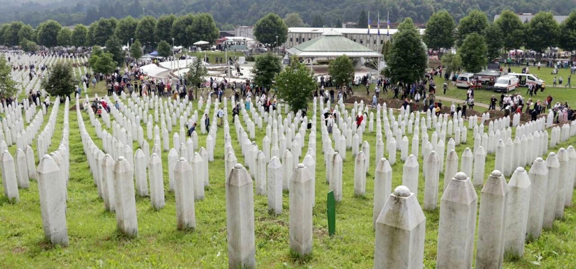 Republika Srpska poništila izvještaj o genocidu u Srebrenici