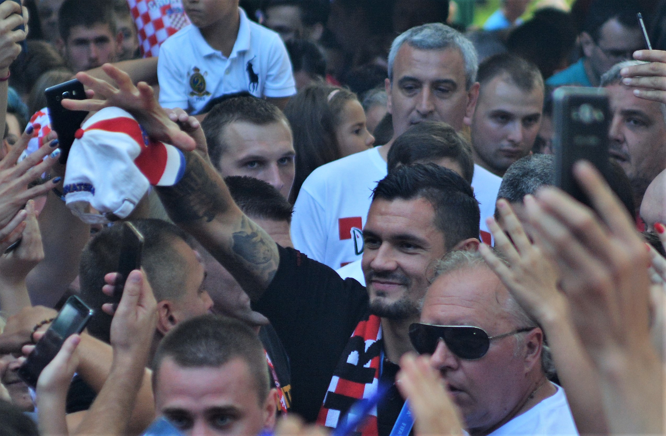 Tisuće Karlovčana dočekalo Lovrena