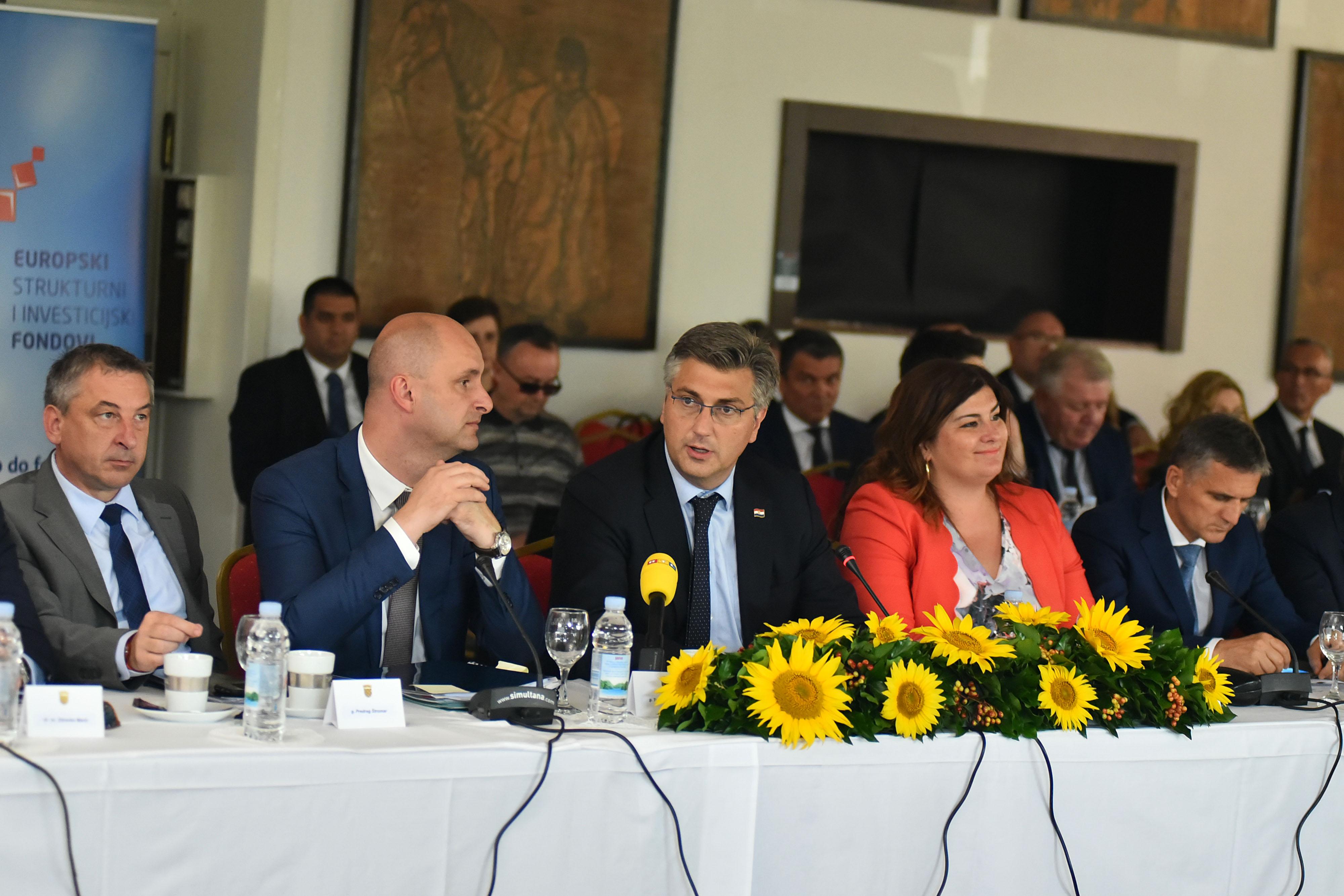 Potpisan razvojni sporazum za područje Slavonije, Baranje i Srijema