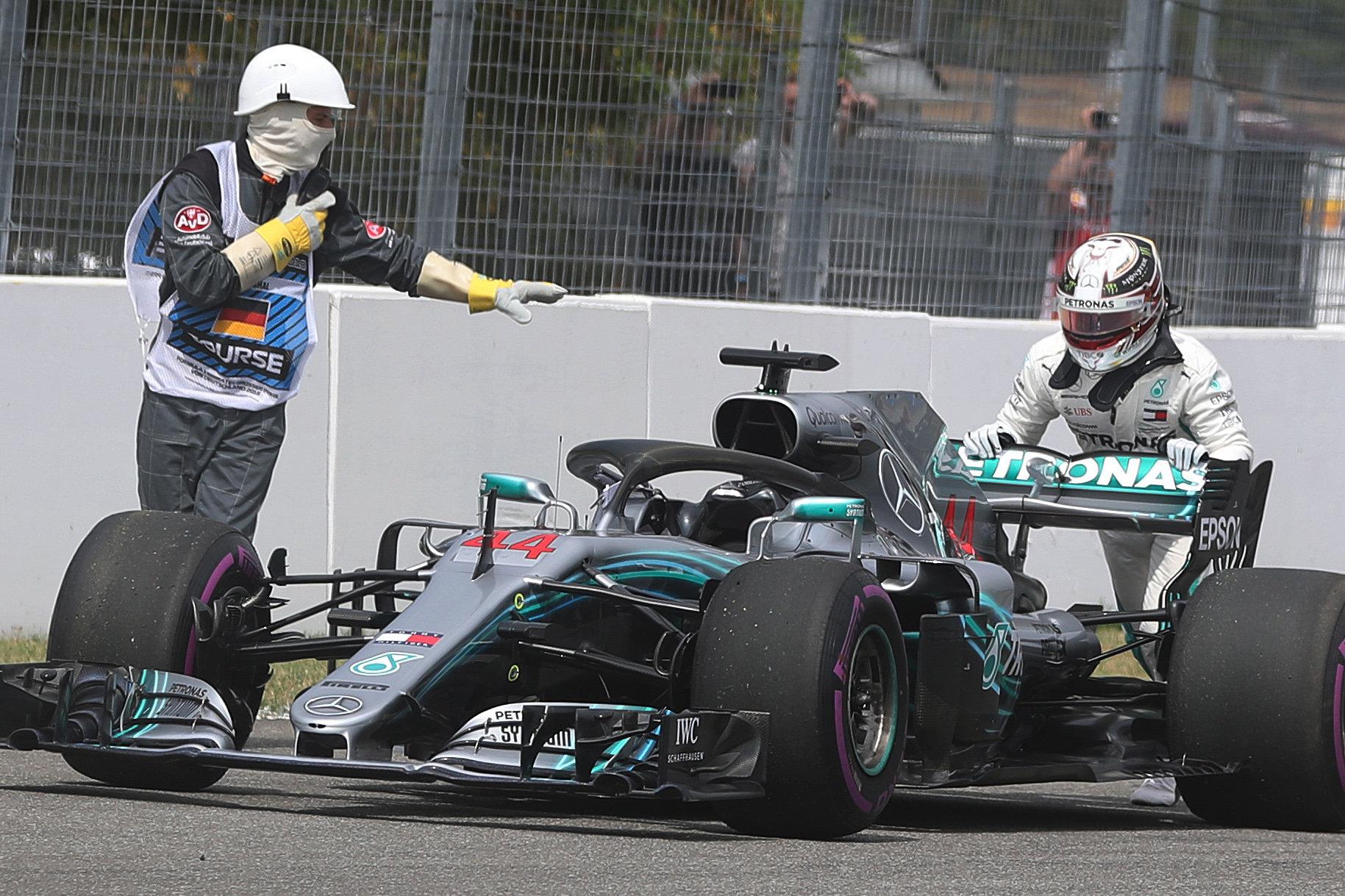 VN NJEMAČKE Vettel najbolji u kvalifikacijama, Hamilton izletio