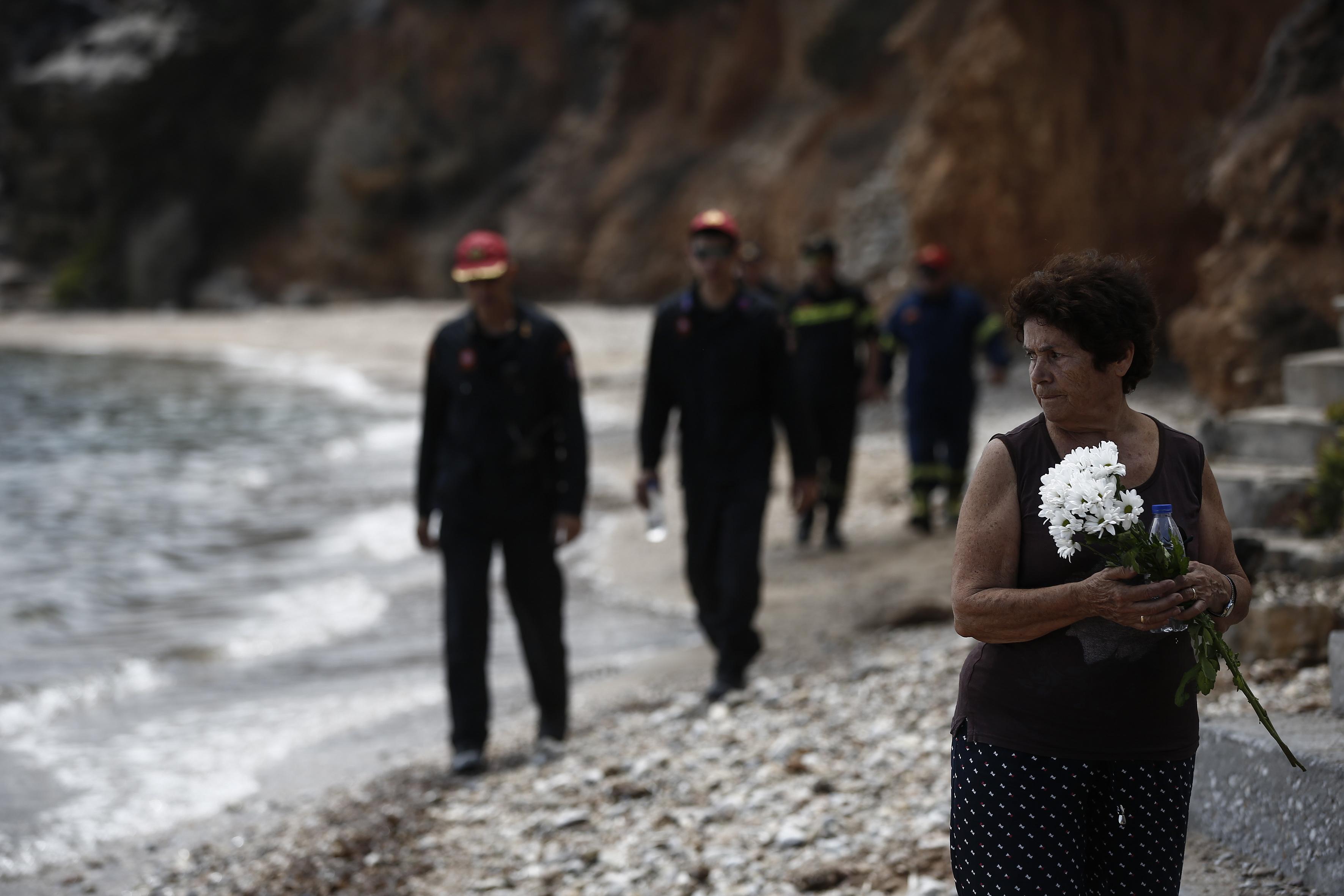 GRČKA Mati oplakuje žrtve katastrofalnog požara