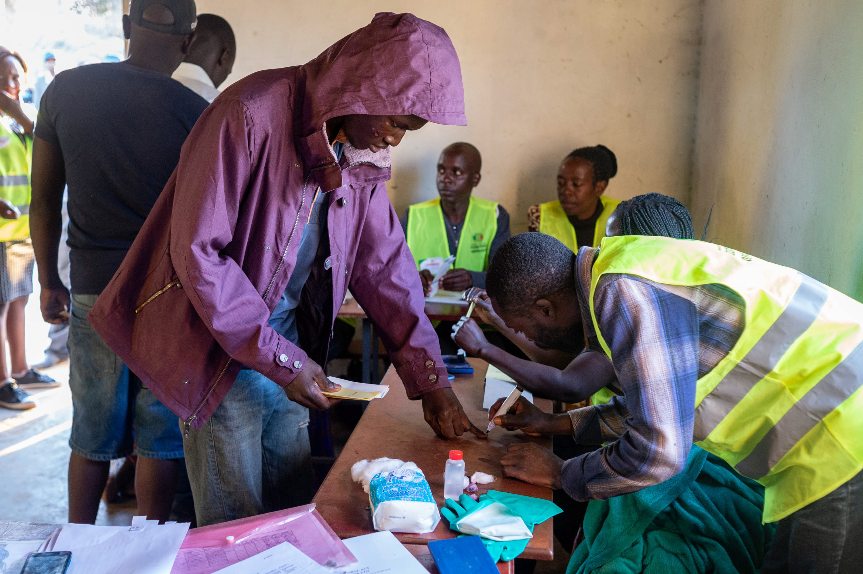 ZIMBABVE Oporba proglasila pobjedu, vlasti prijete onima koji prijevremeno objavljuju rezultate