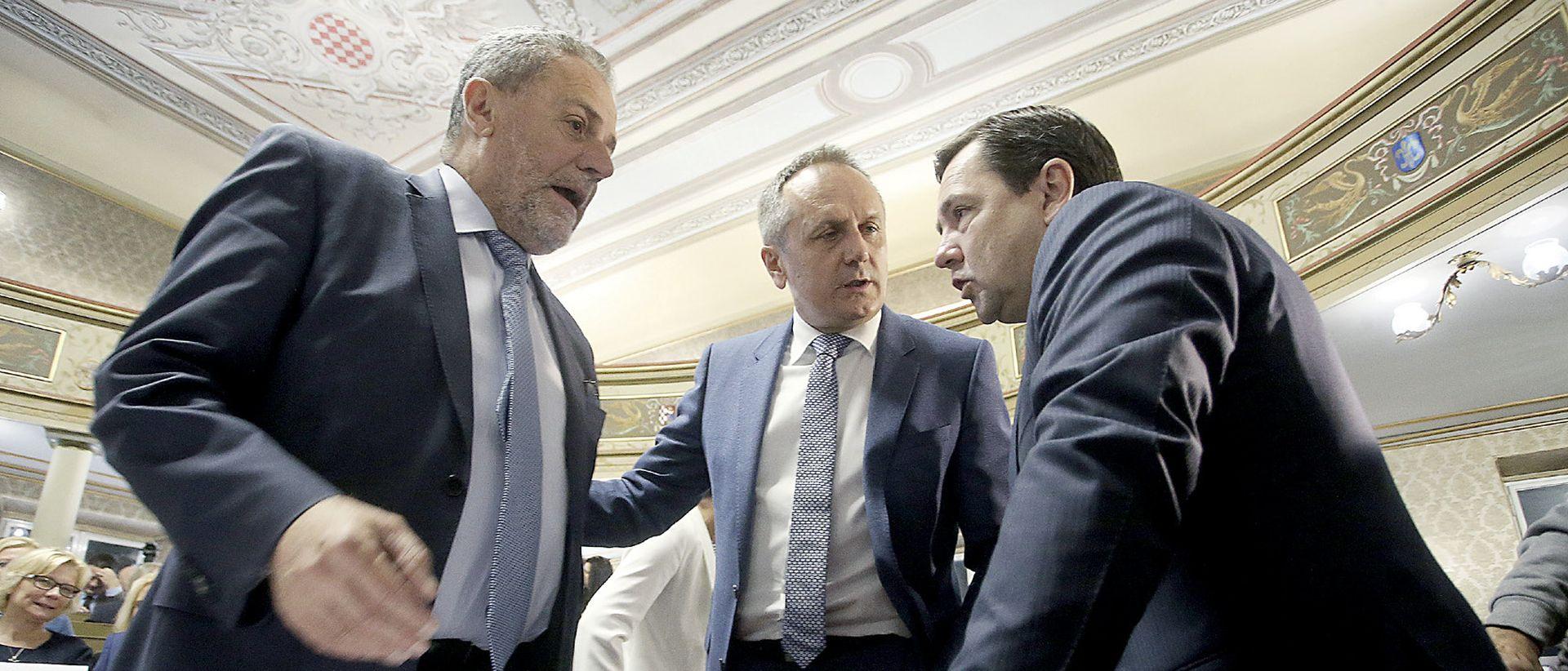Zbog optužbi o mitu Bandić prijeti raskidanjem koalicije s HDZ-om