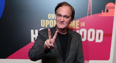 Quentin Tarantino uživa u obiteljskom životu i piše izvrsne filmske kritike