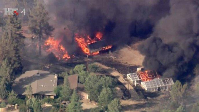 PIROMAN UHIĆEN Požari i u Kaliforniji, jedna osoba poginula