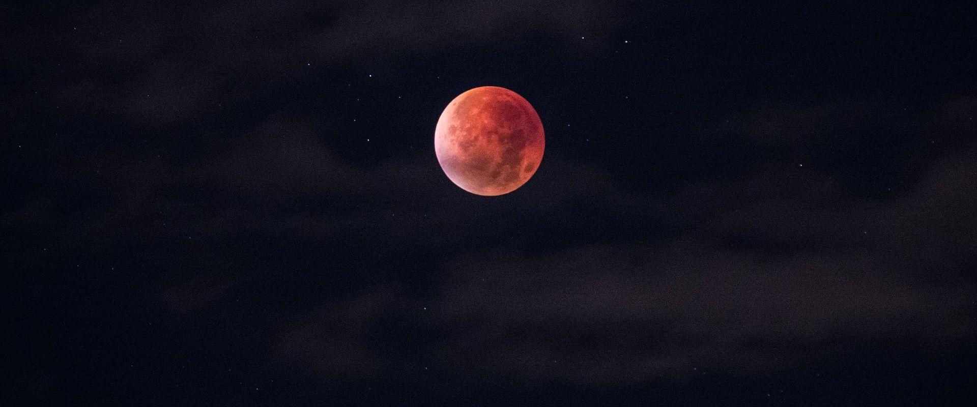 Usklađeni Crveni planet i 'krvavi Mjesec' zadivit će promatrače