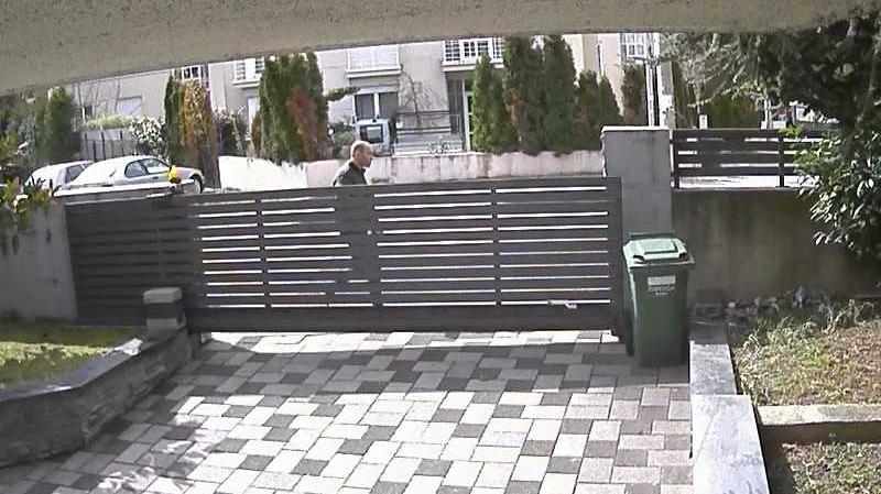 Policija traži muškarca s fotografije