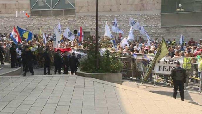 BiH: Razvojačeni branitelji opet prijete prosvjedima