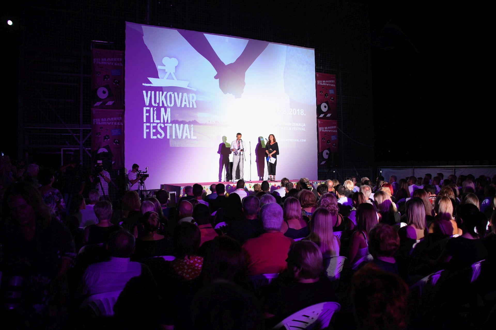 FOTO: Svečano otvoren 12. Vukovar Film Festival