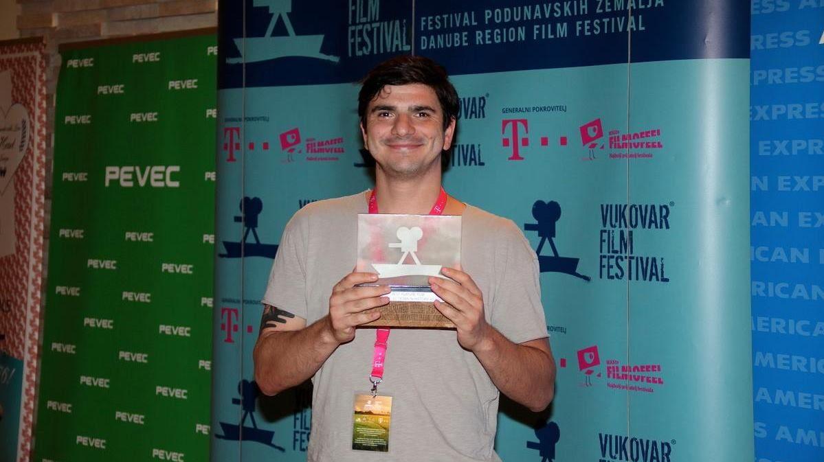 FOTO: Rumunjski kandidat za Oscara pobijedio na filmskom festivalu u Vukovaru