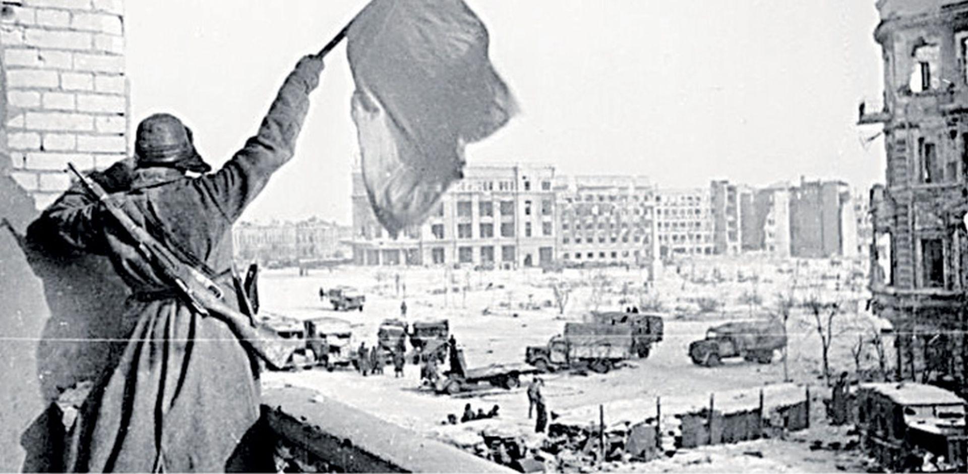 FELJTON Slom Hitlerova Trećeg Reicha