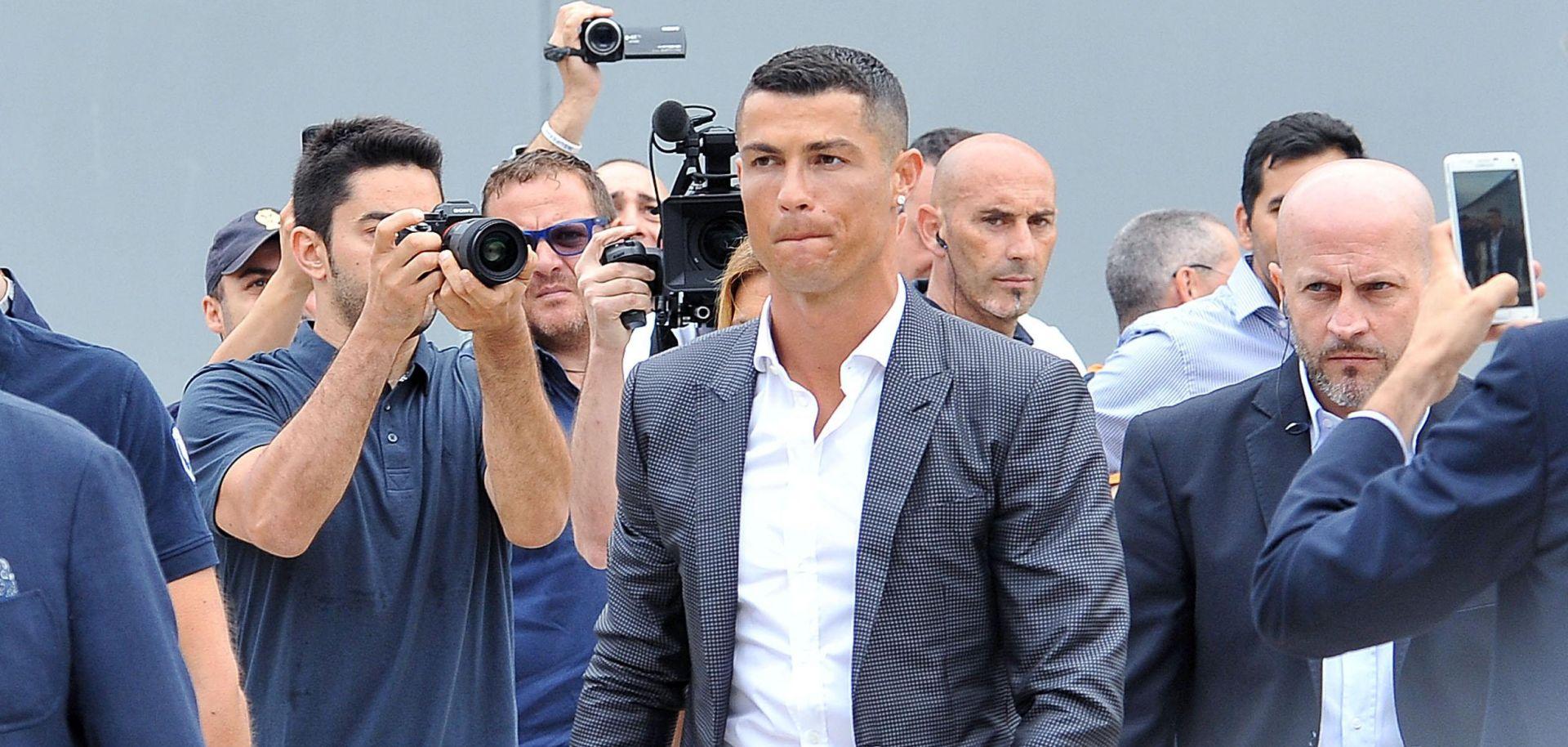 KATHRYN MAYORGA 34 Silovao Me Cristiano Ronaldo