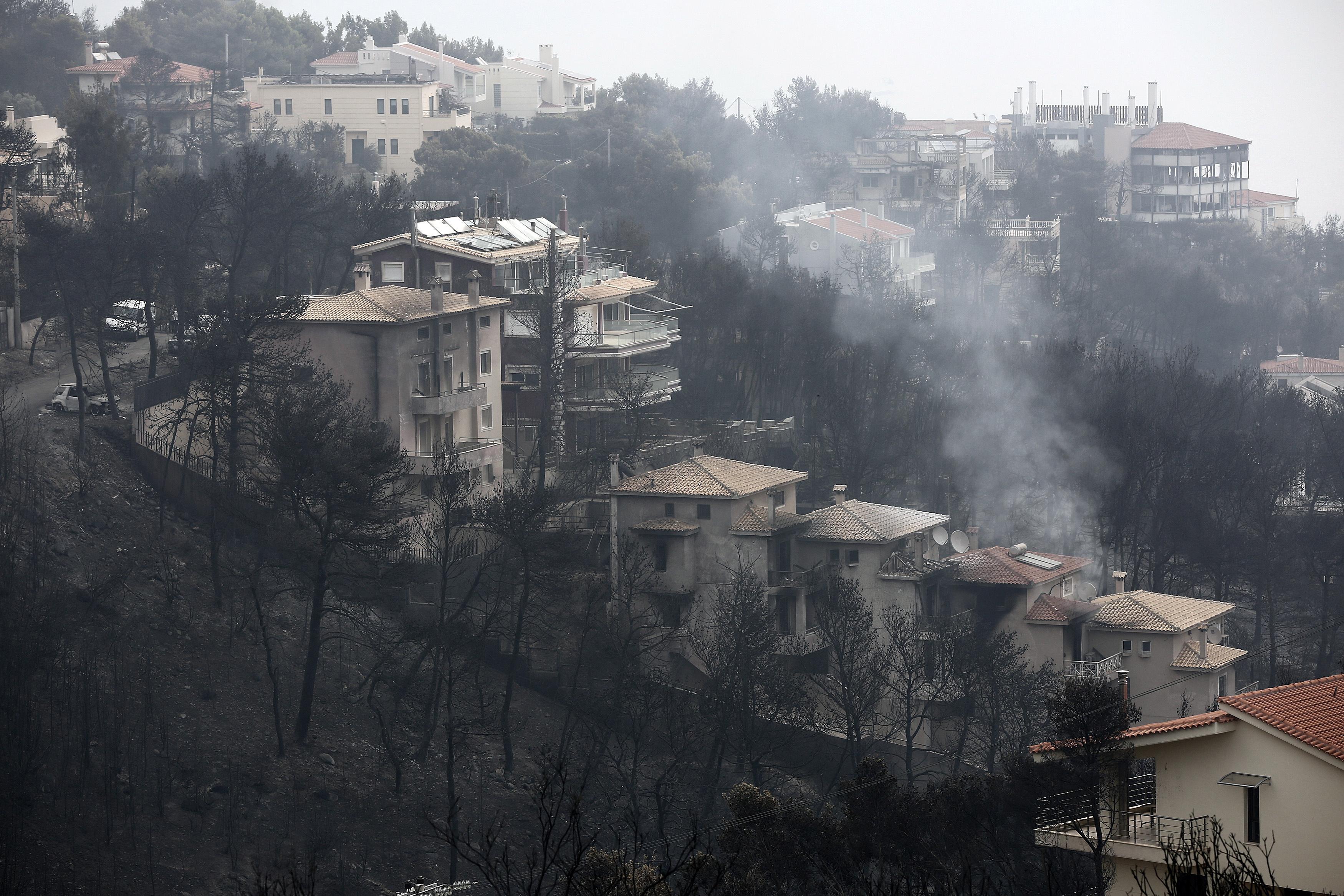 Grčka se suočava s bespravnom gradnjom, jednim od uzroka velikog broja žrtava u požaru