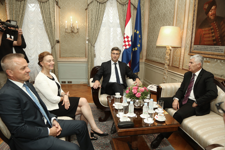 Čović čestitao Plenkoviću na početku izgradnje Pelješkog mosta