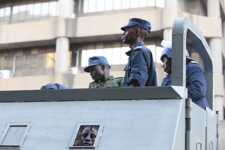 ZIMBABVE Raste broj žrtava u sukobima prosvjednika s vojskom i policijom