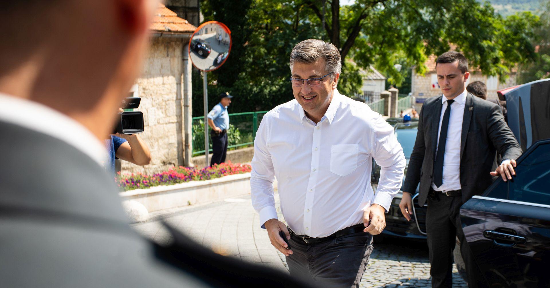 """PLENKOVIĆ """"Nastavlja se porezna reforma, poduzetnici će biti zadovoljni"""""""