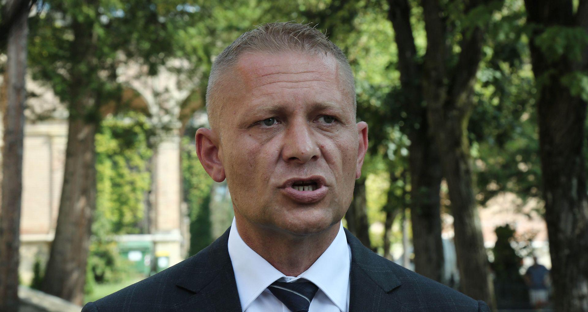 """BELJAK """"Ako Pupovcu nije dobro s vladajućima, neka ode u opoziciju"""""""