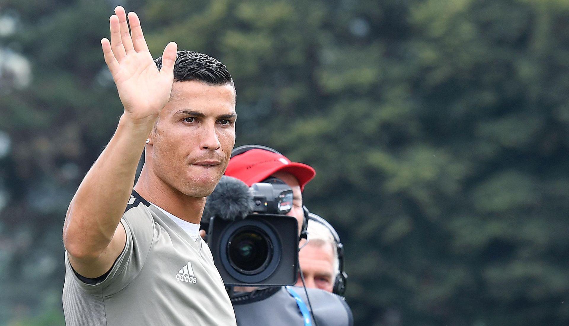 JUVENTUS Iskusni Ronaldo (33) je nestašan