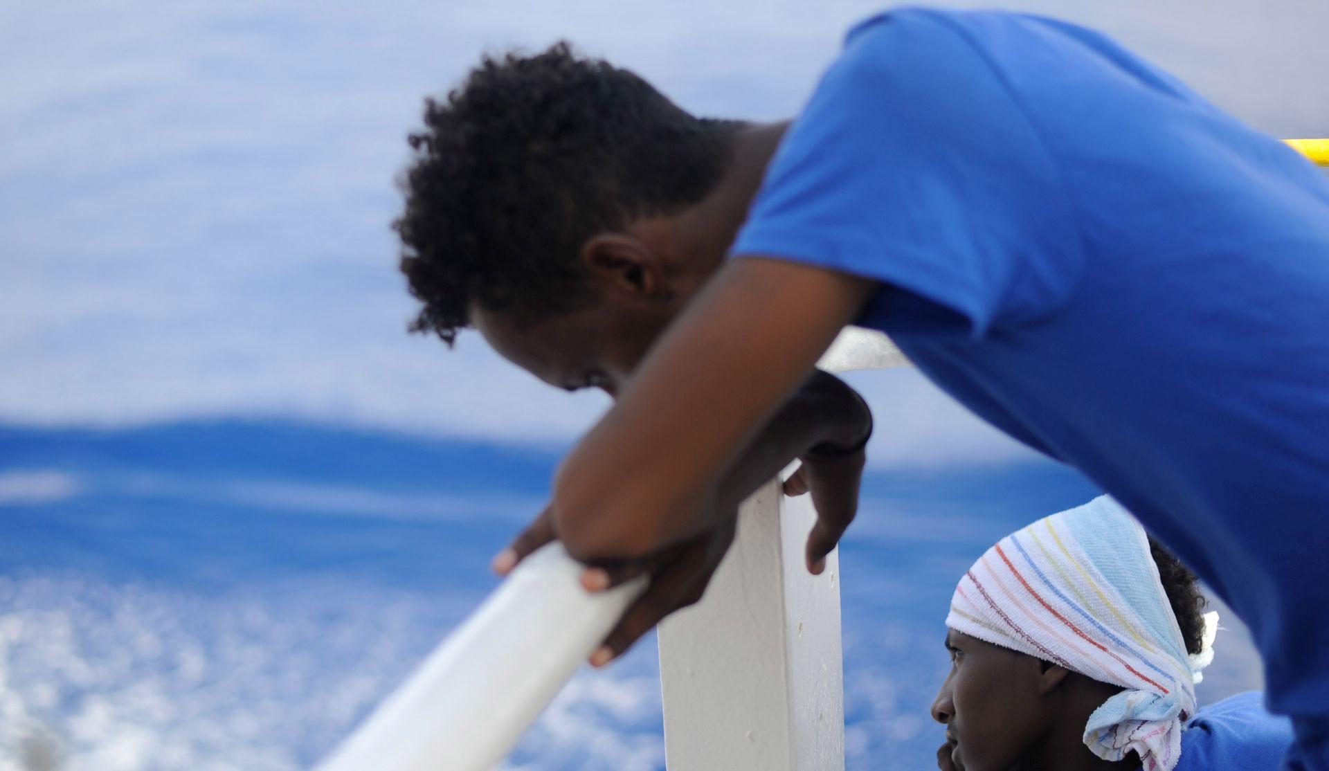 Italija odbija prihvatiti 141 migranta s Aquariusa