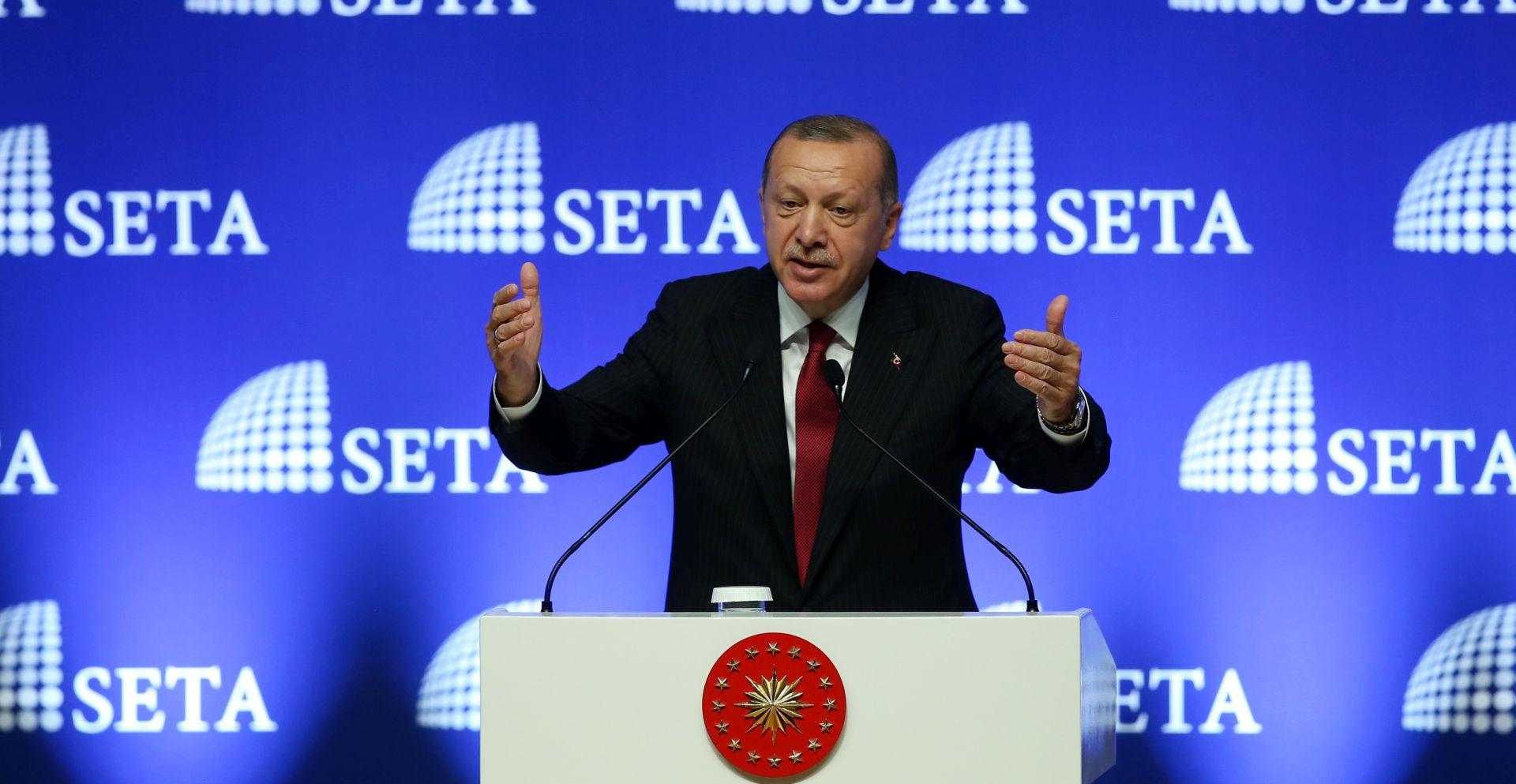"""ERDOGAN """"Turska će bojkotirati američke elektroničke proizvode"""""""