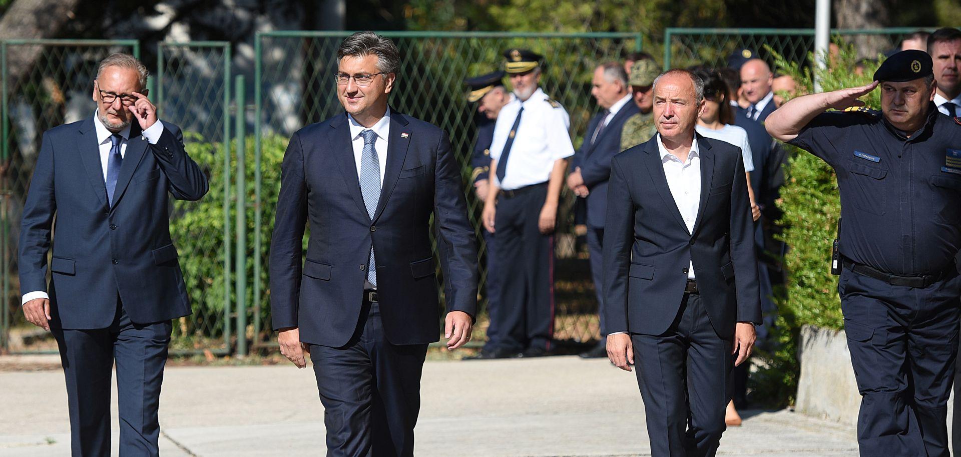 """PLENKOVIĆ """"Ne dopuštam hajku na ministra Kujundžića"""""""