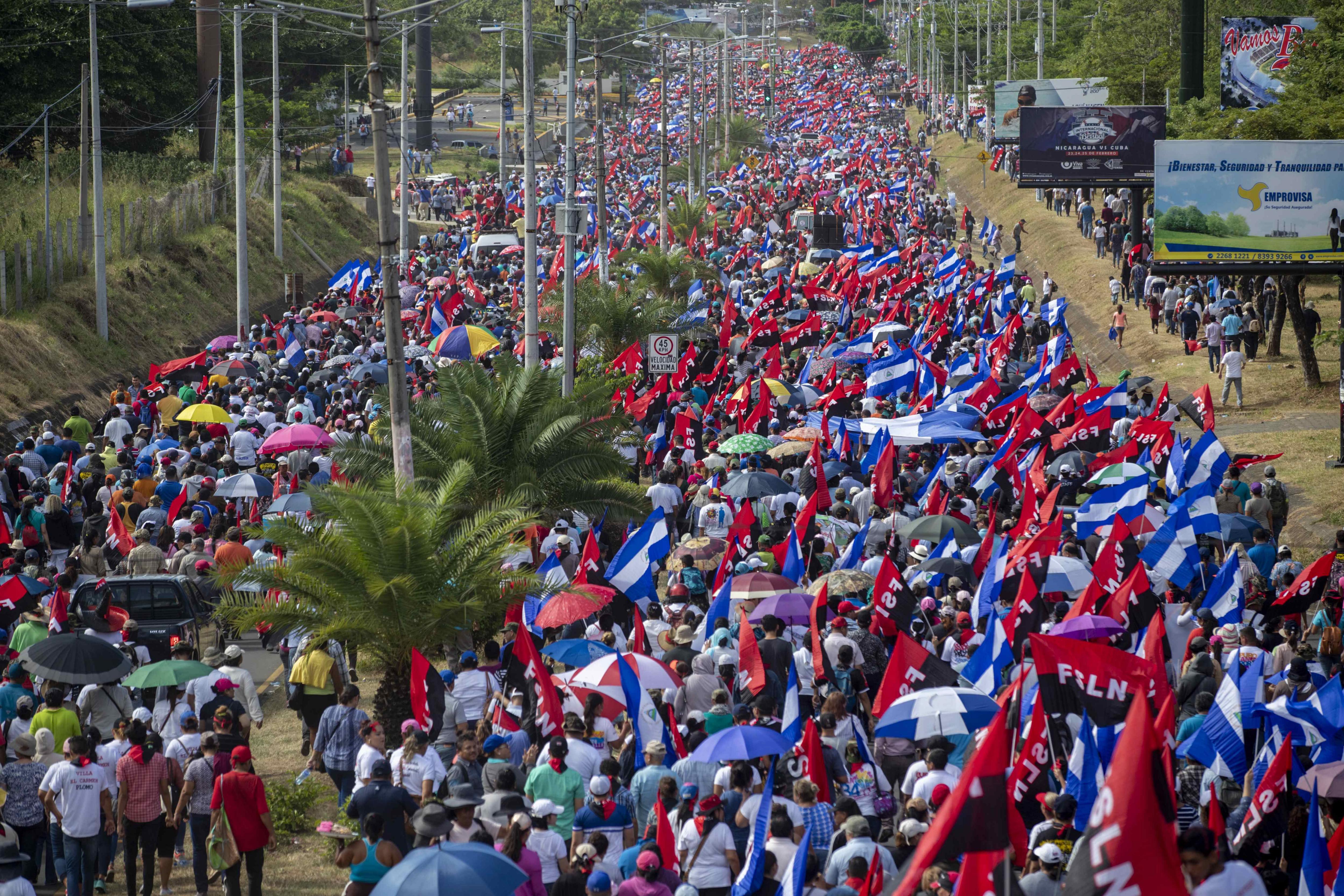 U Nikaragvi tisuće prosvjeduju protiv Ortege