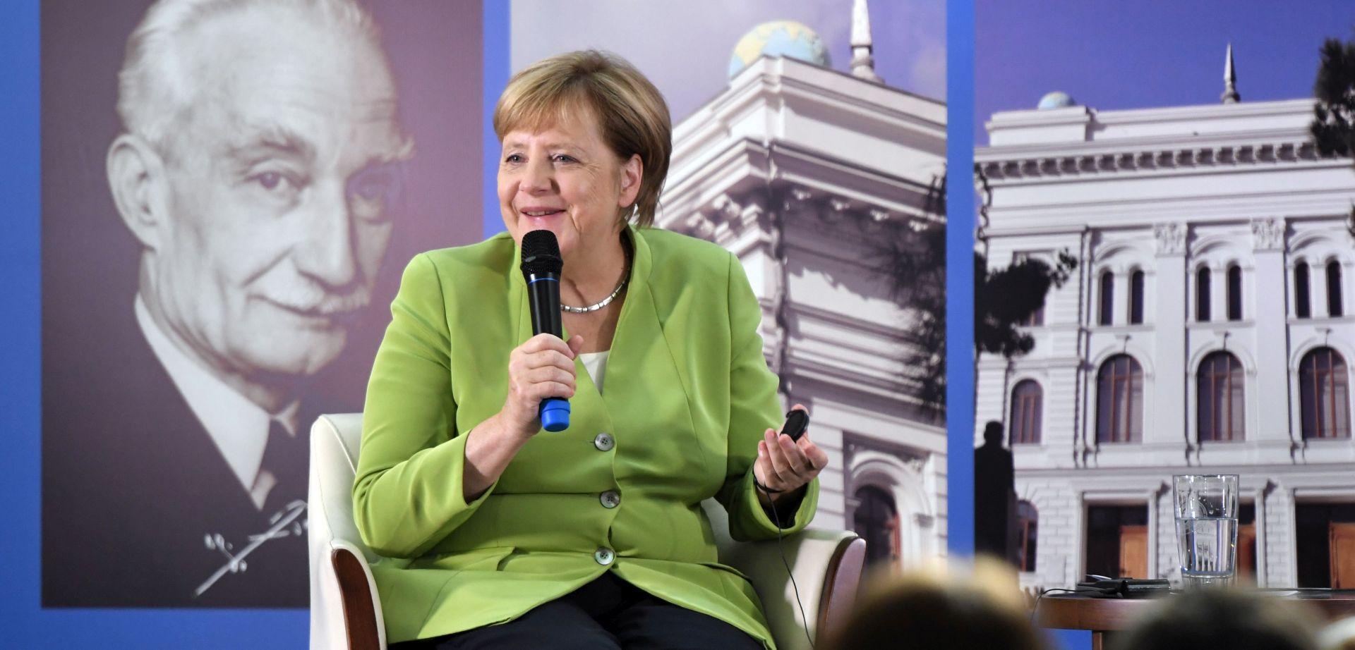 Merkel i Trump dijele zabrinutost zbog razvoja događaja u Siriji