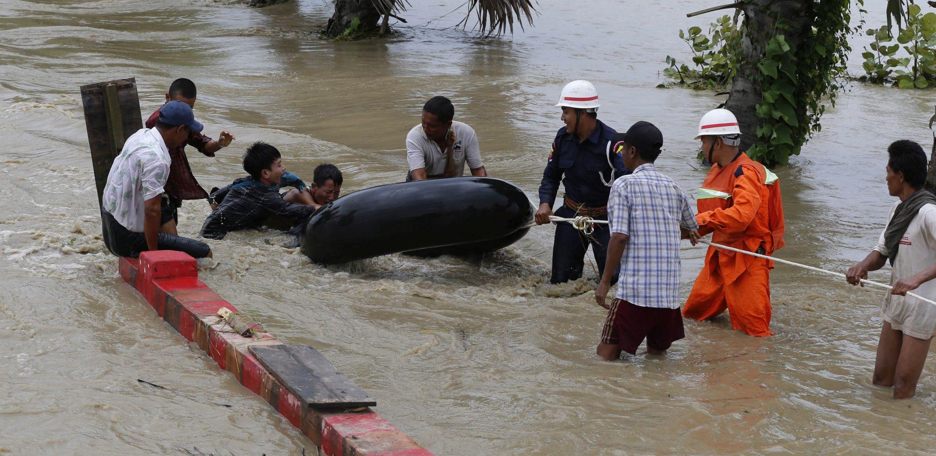 MJANMAR 50 tisuća ljudi mora napustiti domove zbog pucanja brane
