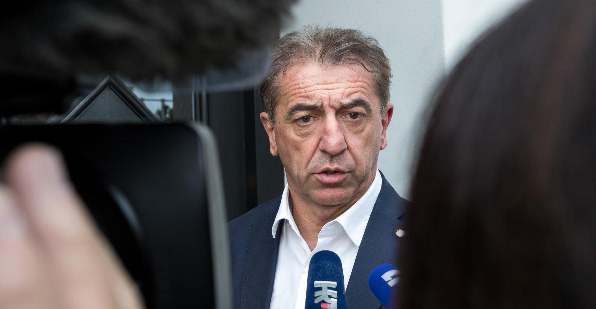 """MILINOVIĆ """"Jandrokoviću bacam rukavicu, neka prihvati okladu"""""""