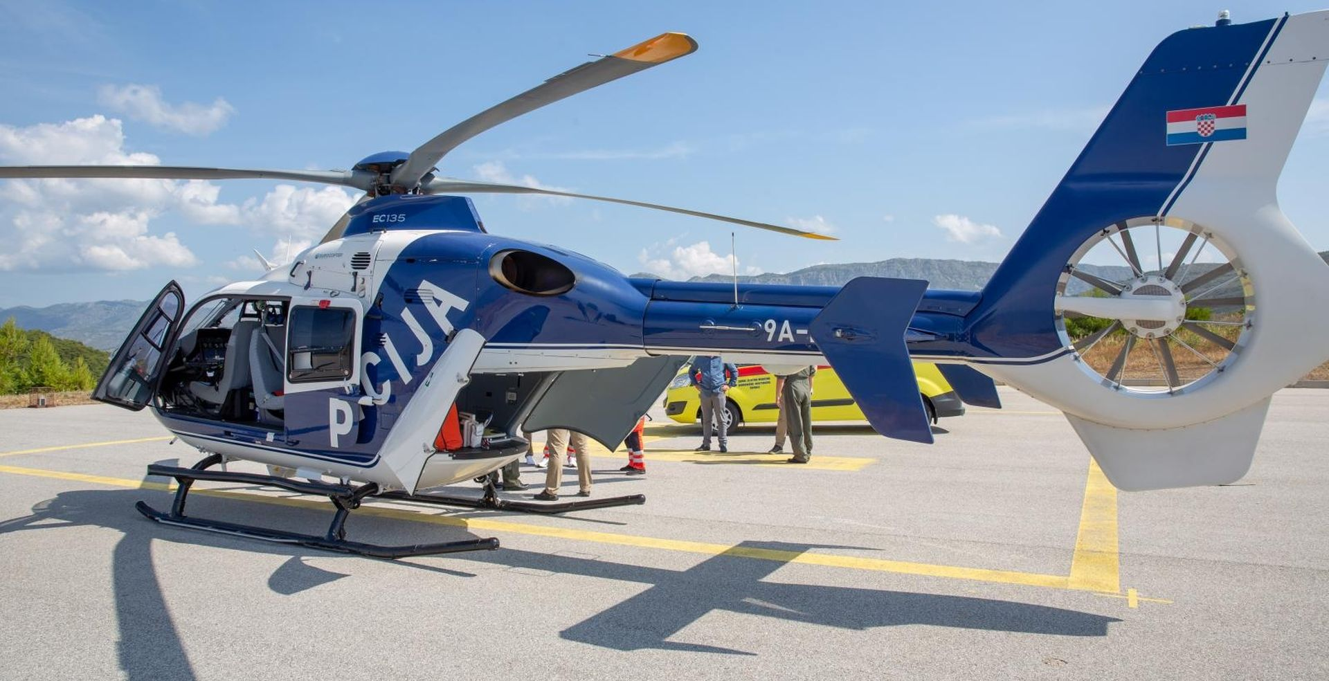 Dijete ugrizao poskok, helikopterom hitno prebačeno u Split