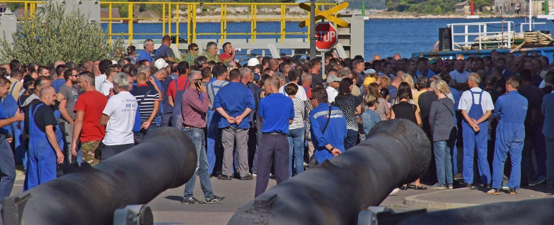 PROCURIO PLAN RESTRUKTURIRANJA ULJANIKA Otkaz dobiva 600 radnika