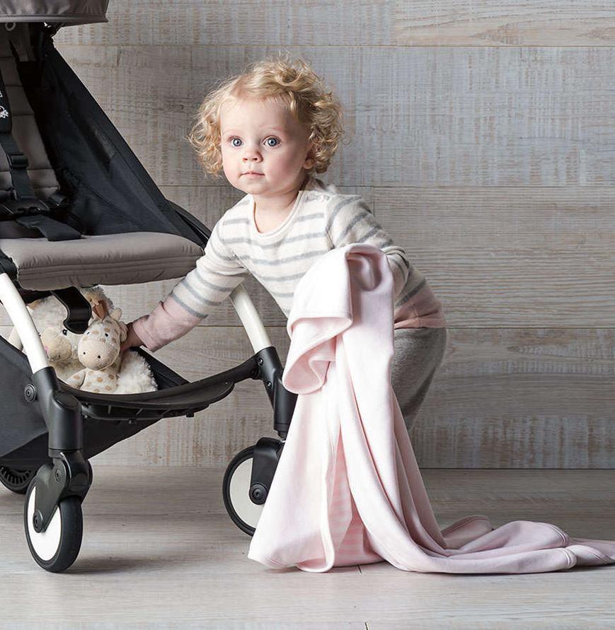 Dječja kolica koja se mogu nositi i kao torba