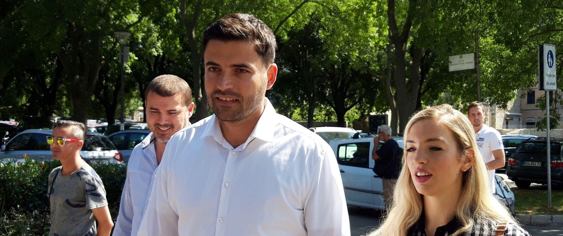 "BERNARDIĆ ""HDZ će pokušati ukrasti još kojeg zastupnika"""