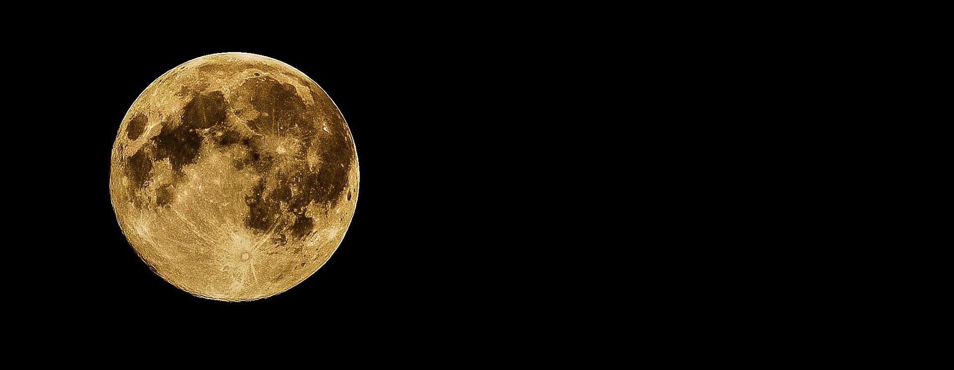 Na površini Mjeseca otkrivena zaleđena voda
