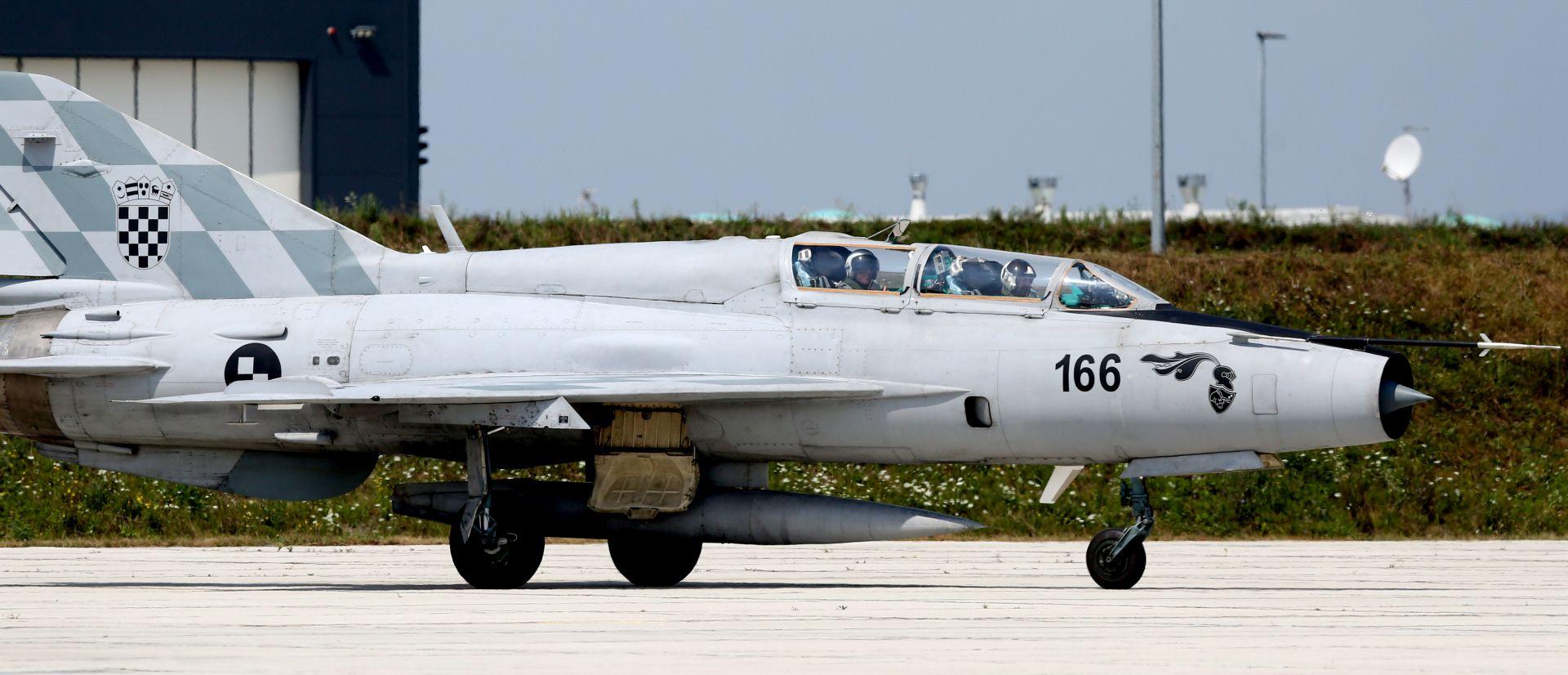 Zajednički let hrvatskog i izraelskog pilota na avionu MiG-21