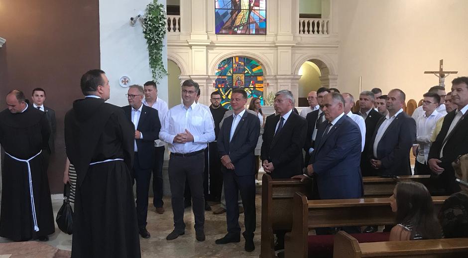 Predsjednica, premijer i devet ministara na Sinjskoj alci