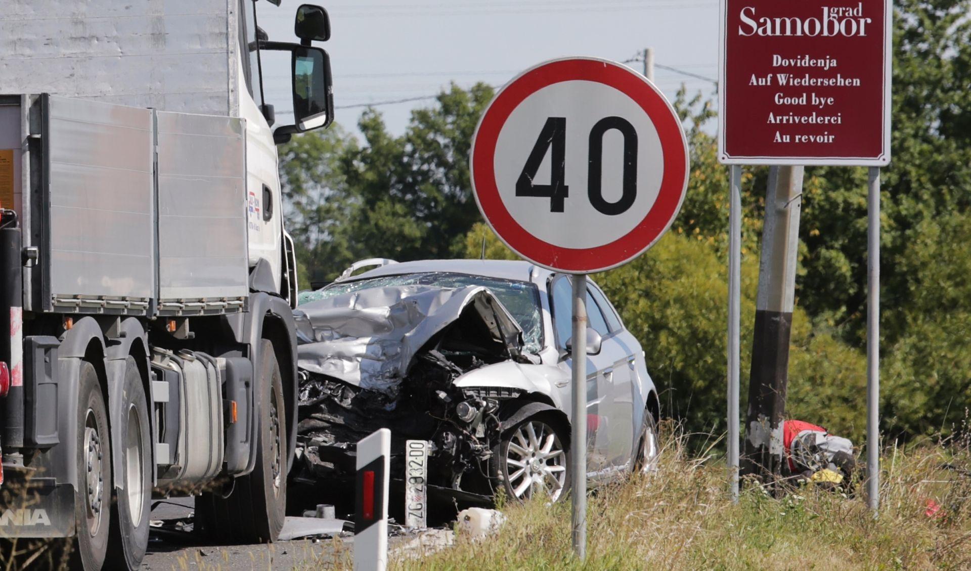 SAMOBOR Troje poginulih u prometnoj nesreći