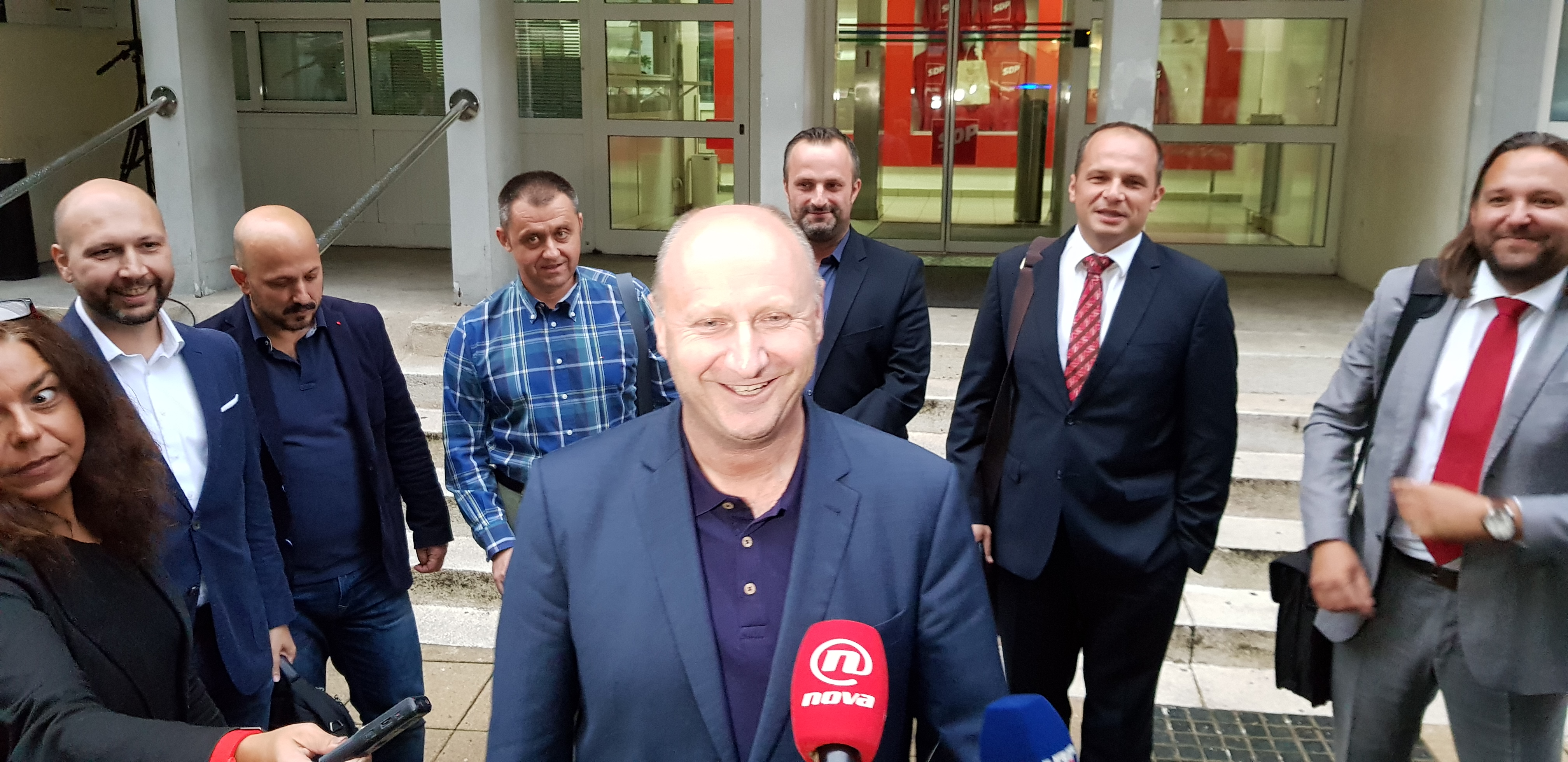 Statutarna komisija SDP-a potvrdila: Pobunjenici ostaju suspendirani