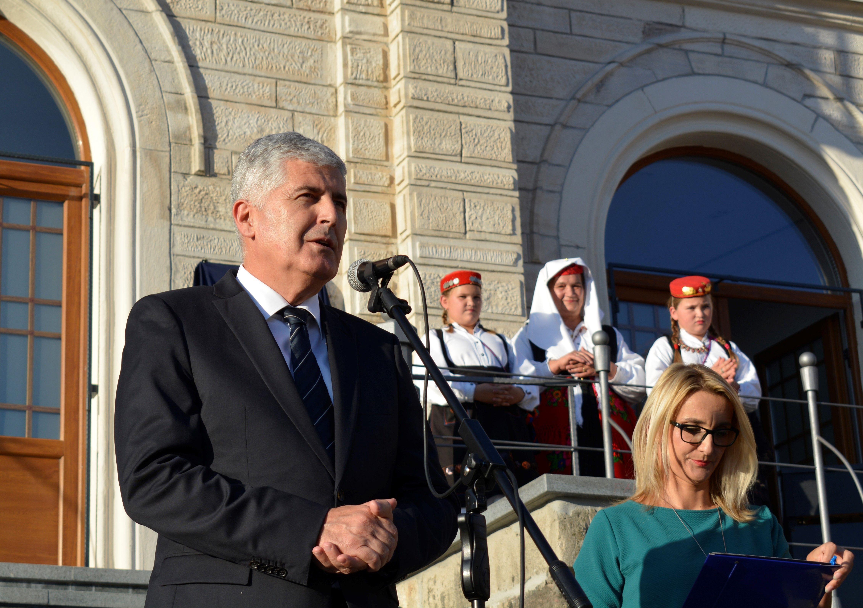 ČOVIĆ 'Jednaka prava Hrvatima u BiH i članstvo u NATO-u i EU motivi su mi za kandidaturu'
