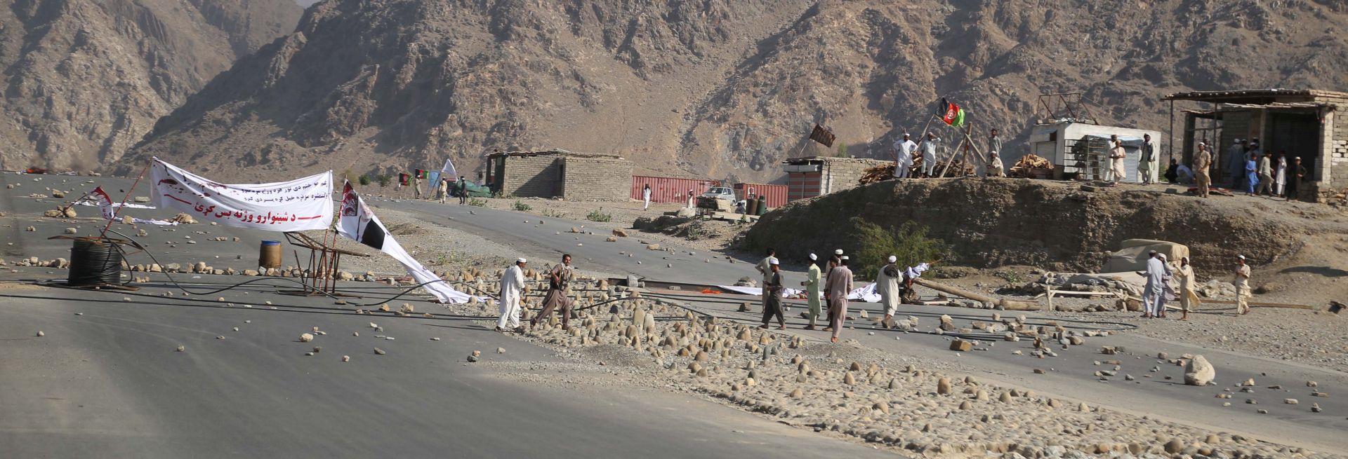 Broj mrtvih u samoubilačkom napadu u Afganistanu porastao na 68
