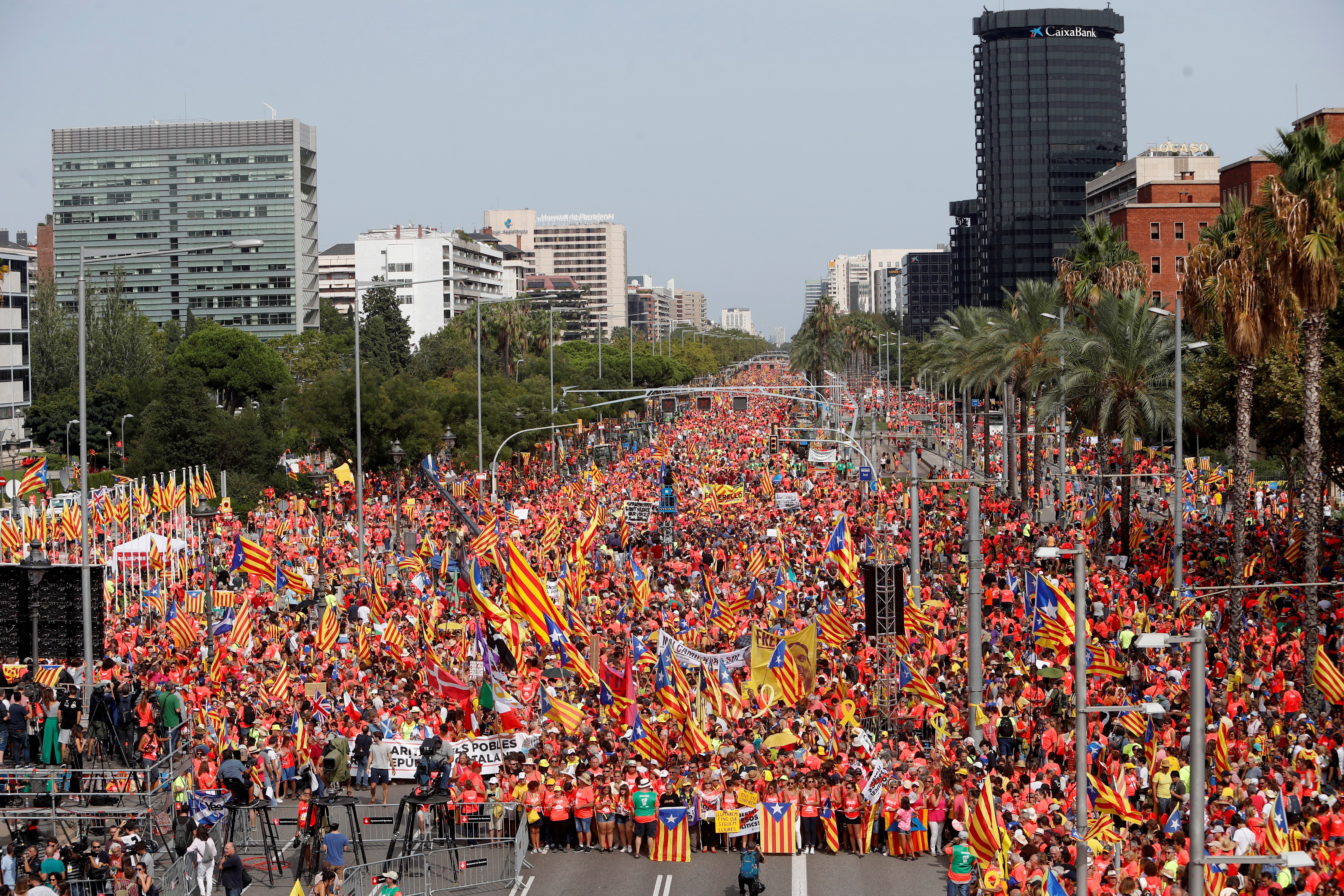Milijun Katalonaca na ulicama Barcelone slavi nacionalni praznik