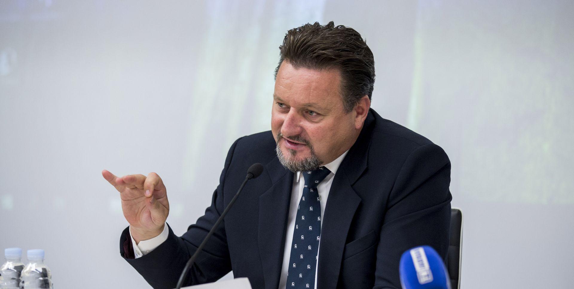 Kuščević najavio ukidanje dužnosti pomoćnika ministra