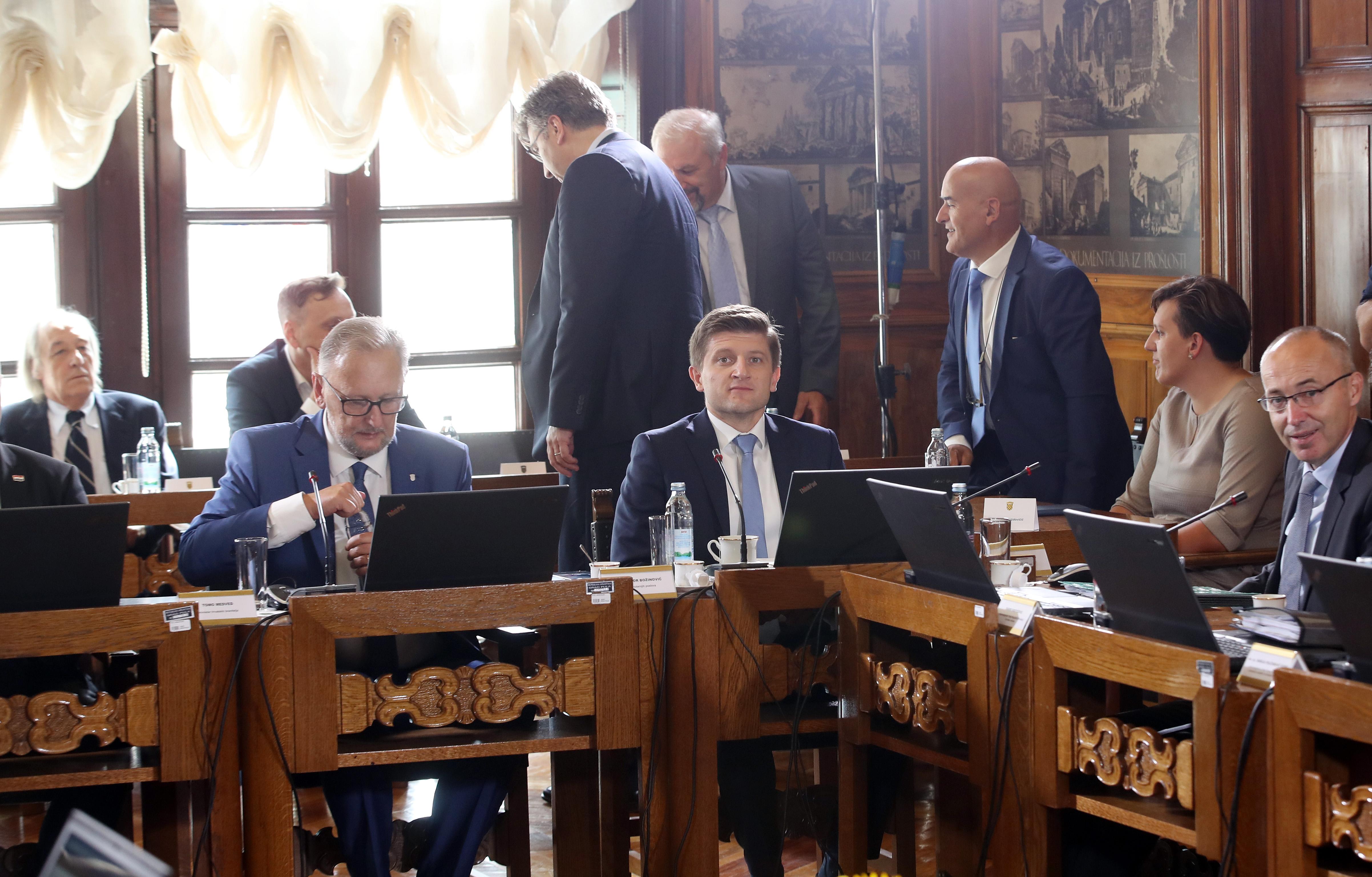 MARIĆ 'Višak proračuna opće države u šest mjeseci 1,6 milijardi kuna'