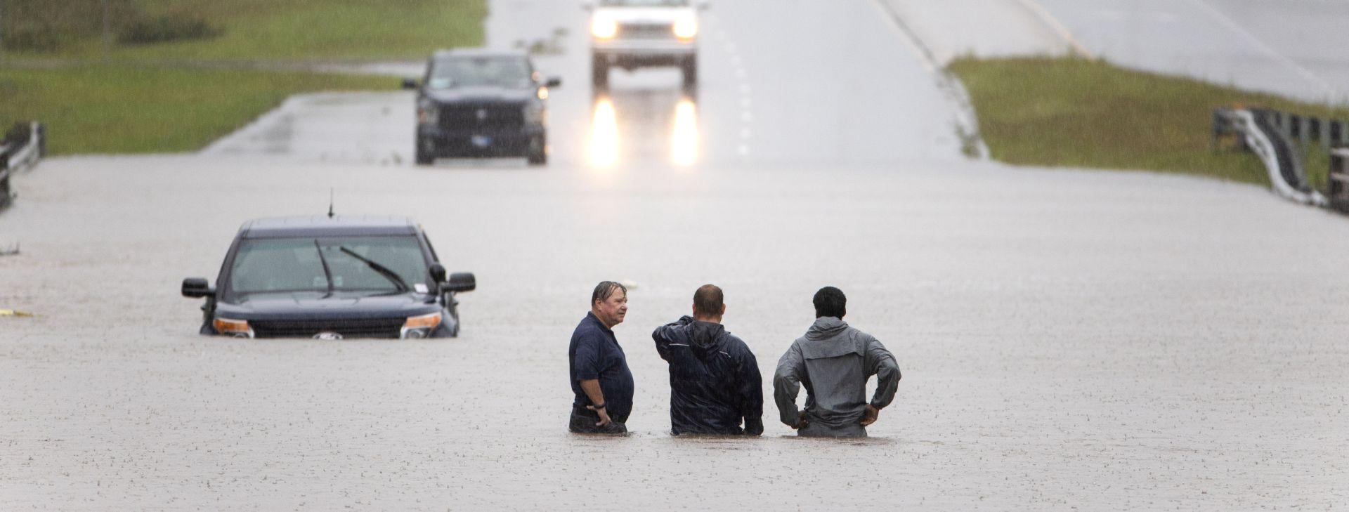 Rastuće poplave uzrokovane olujom Florence prijete Karolinama
