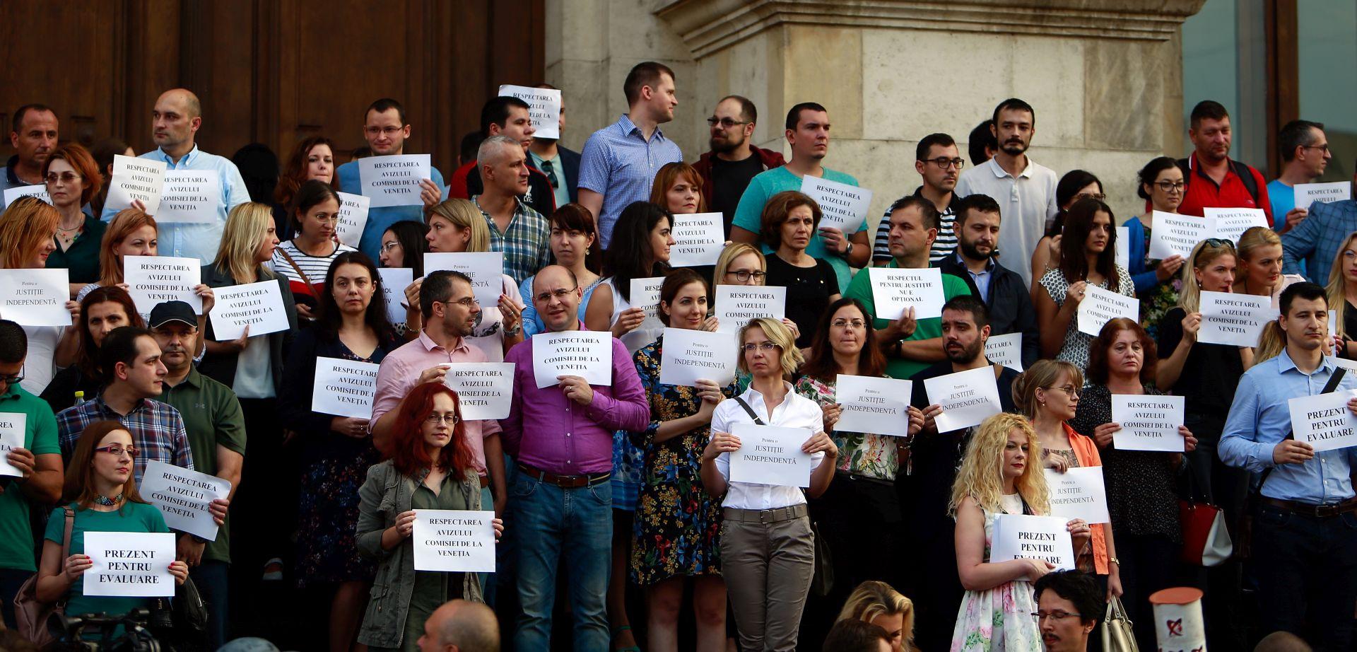 Rumunjski sudci na ulici brane neovisnost pravosuđa