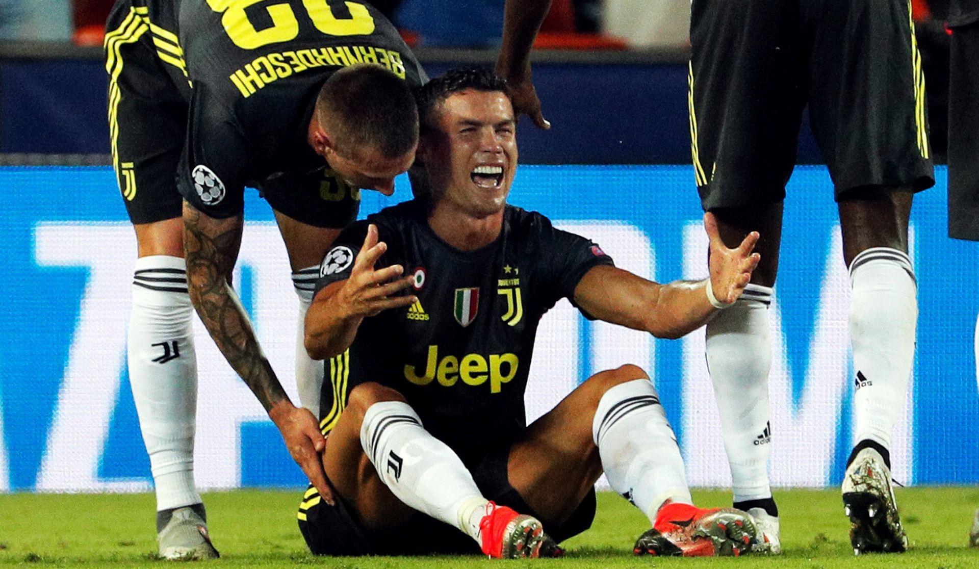 Ronaldu jedna utakmica kazne, igra protiv Uniteda