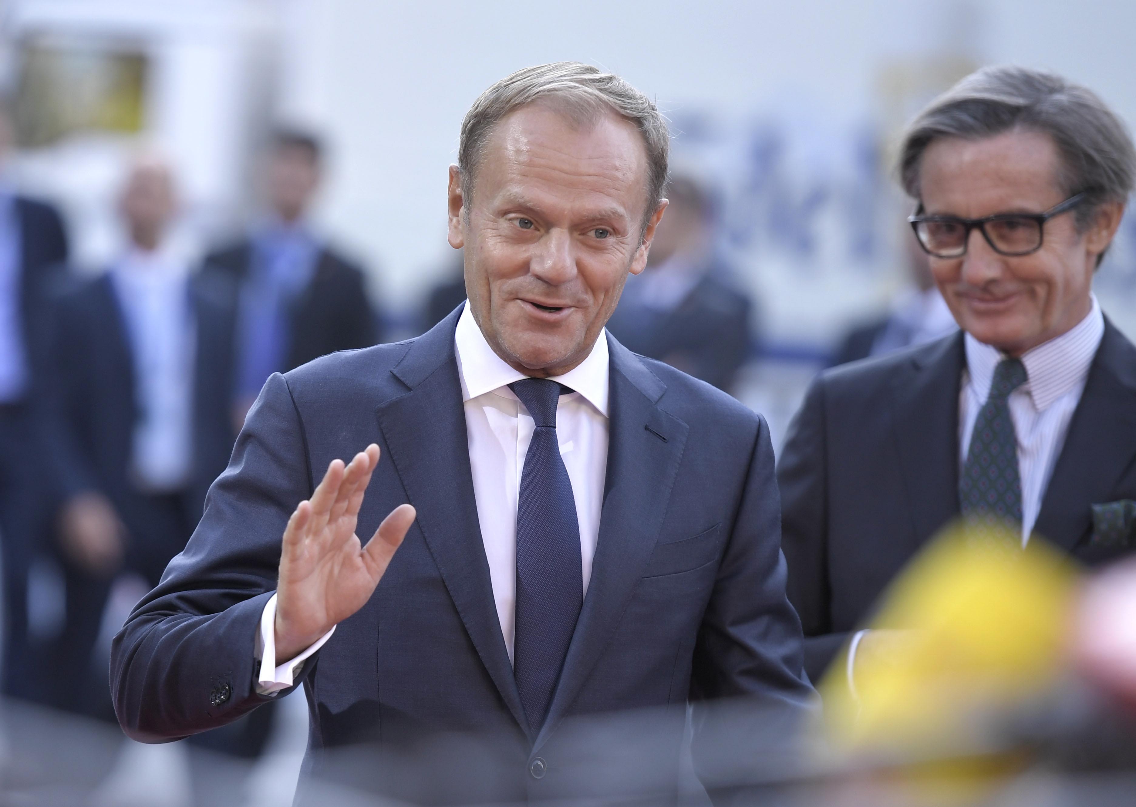 TUSK 'Nismo suglasni, ali svi želimo zaustaviti ilegalne migrante'