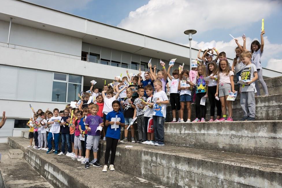 """TOKIĆ darivao djecu u sklopu kampanje """"Sigurnost u pokretu"""""""