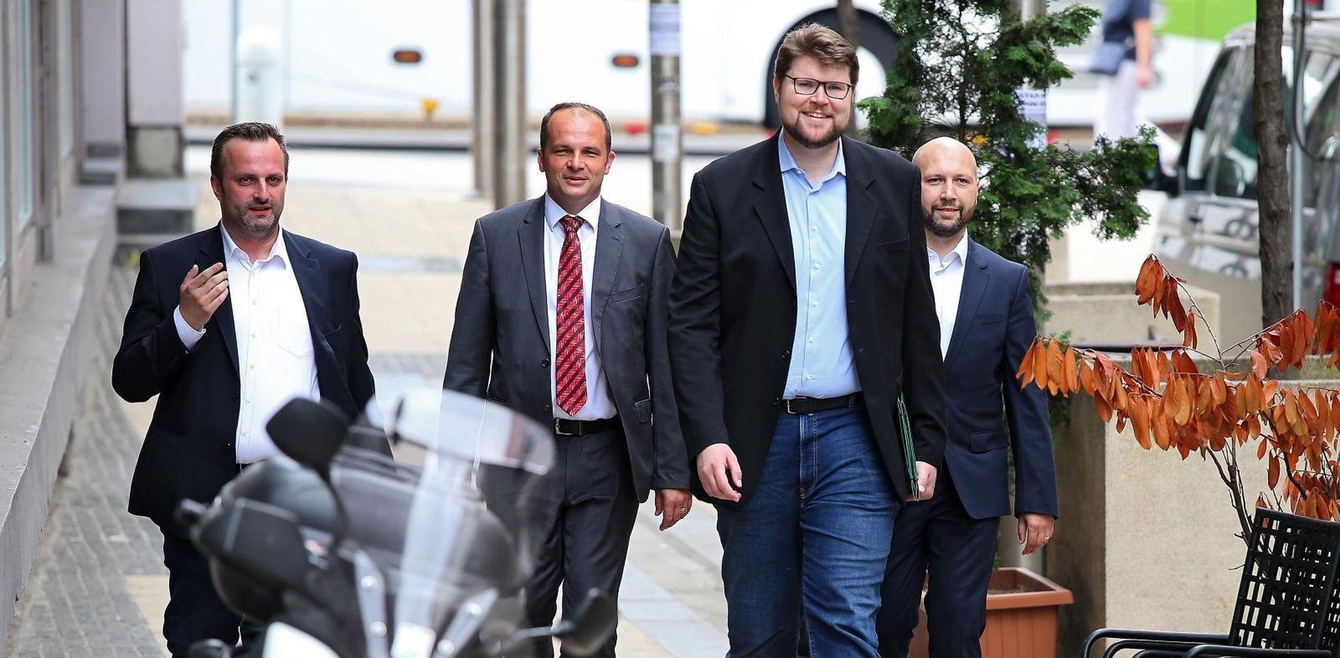 Danas odluka o četvorici suspendiranih SDP-ovaca