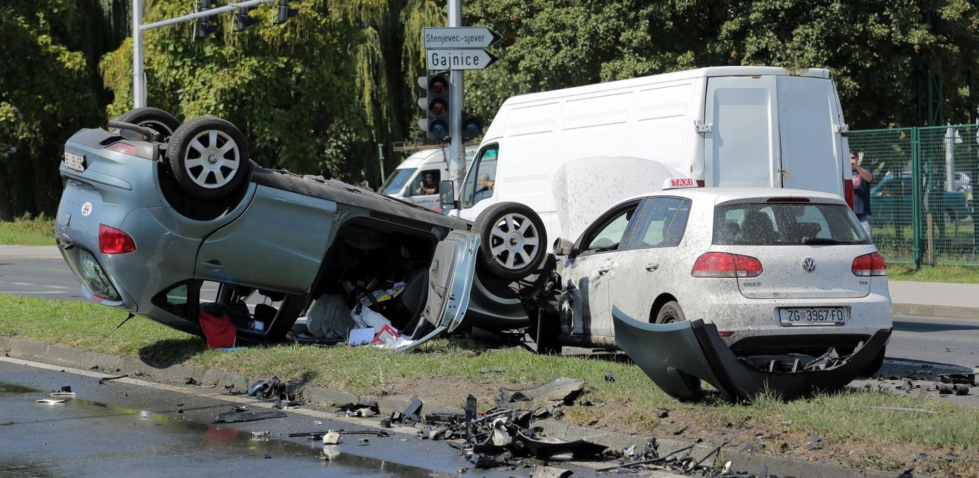 Teška nesreća u Gajnicama, jedna osoba ozlijeđena